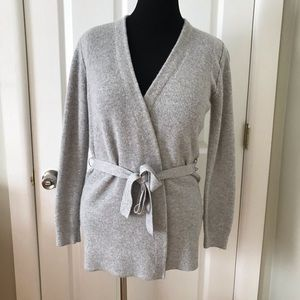 Banana Republic L Ribbed Belted Gray Open Sweater